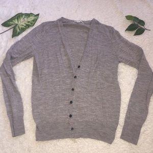 Wool cardigan in gray